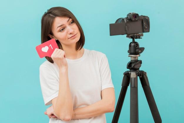 Registrazione della donna per il blog personale a casa Foto Gratuite