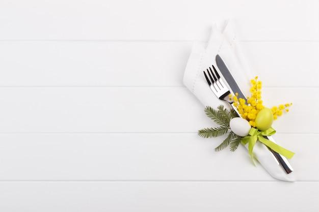 Regolazione del tavolo primavera Foto Premium