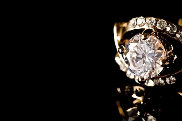Rendering diamante della corona macinare costoso Foto Gratuite