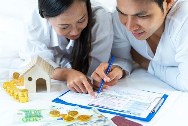Risparmio, piano pensionistico, pensionamento concetto di pianificazione finanziaria. Foto Premium