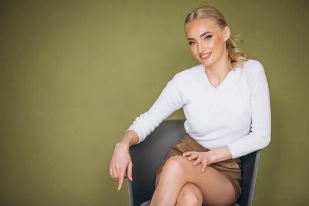 Ritratto di cura della pelle della donna Foto Gratuite