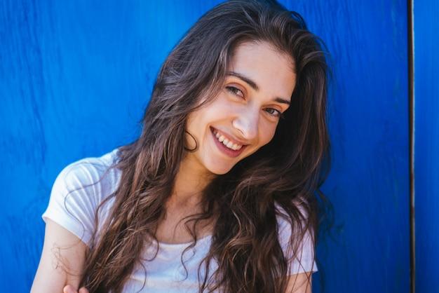 Ritratto di donna adolescente carino Foto Premium
