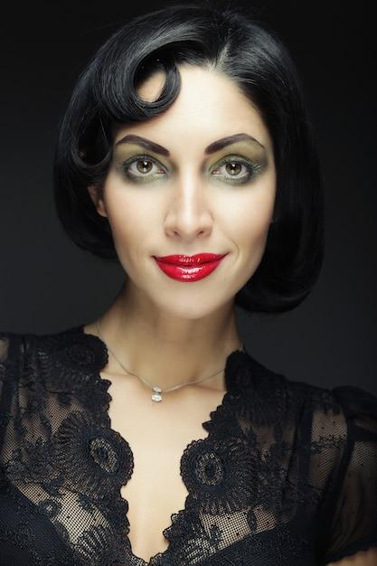 Ritratto di donna di moda. Foto Premium