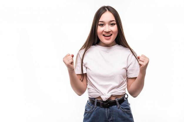 Ritratto di giovane ragazza asiatica isolata sulla parete bianca Foto Gratuite
