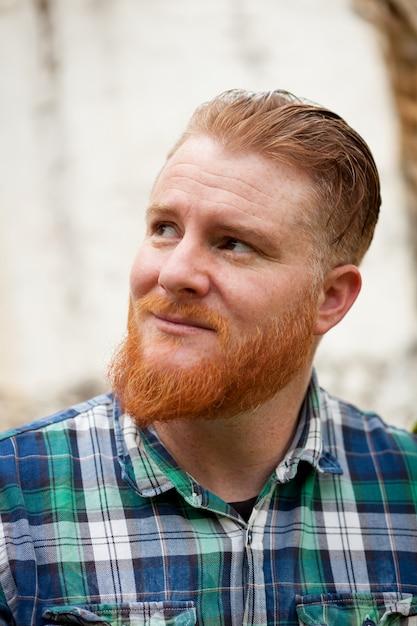 Cartone animato capelli rossi uomo