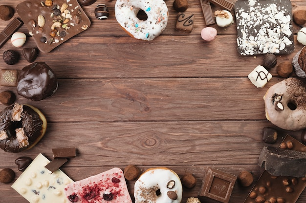 Roba di cioccolato vista dall'alto Foto Gratuite