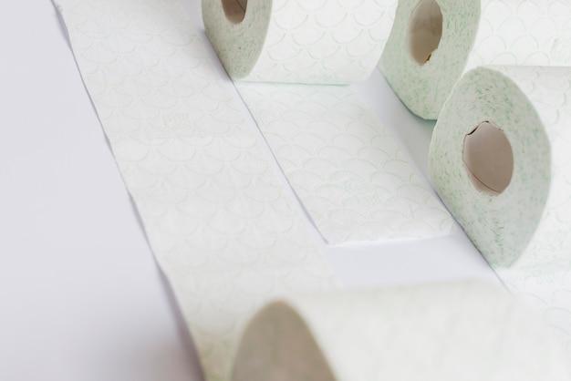 Rotoli Di Carta Igienica : Rotoli di carta igienica jumbo peso kg m cm lxh