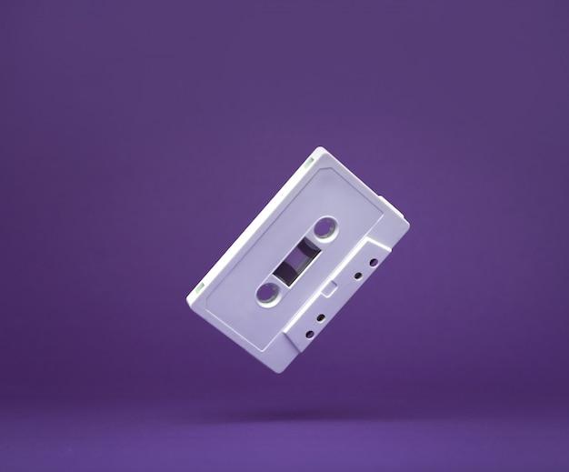 Rubinetto audio vintage bianco. vecchia cassetta. audiocassetta. Foto Premium