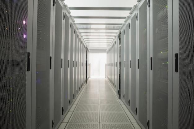 Sala vuota di server Foto Premium