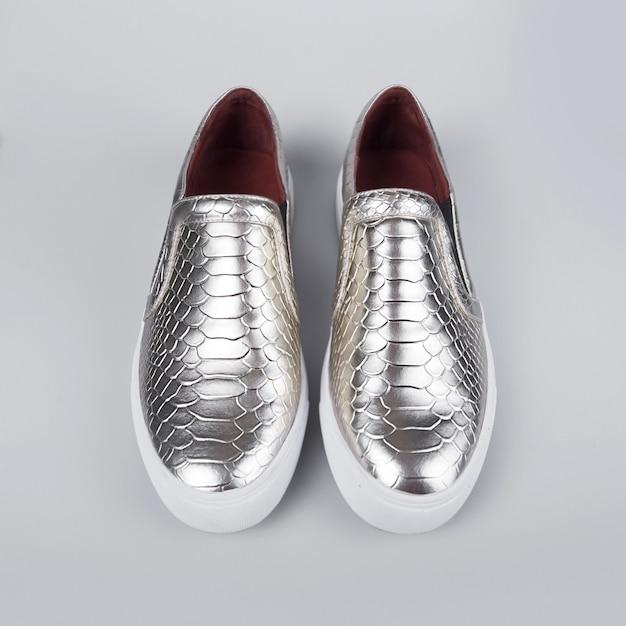 Scarpe d'argento Foto Premium