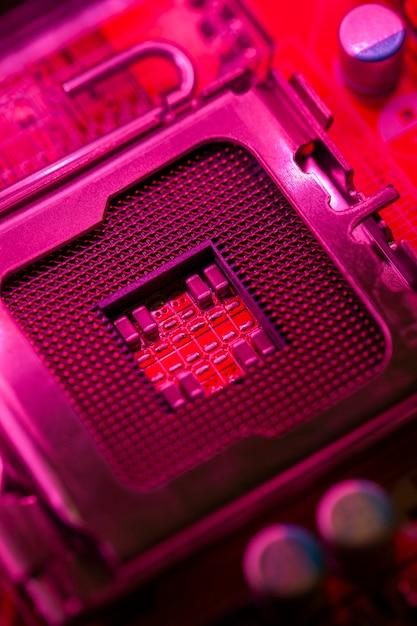Scheda madre a tema rossa con socket processore Foto Gratuite
