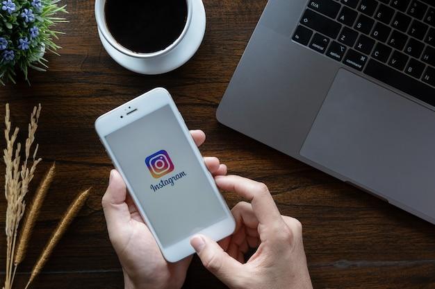 Schermata di accesso dell'applicazione instagram. Foto Premium