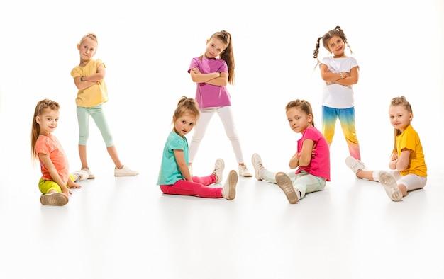 Scuola di ballo per bambini, balletto, hiphop, street, ballerini funky e moderni Foto Gratuite