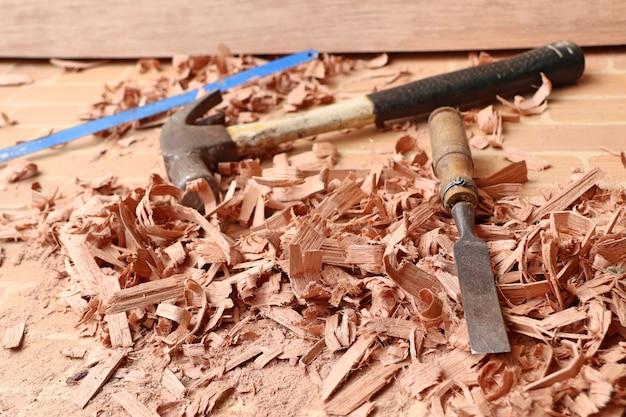 Segatura e strumenti di legno Foto Premium