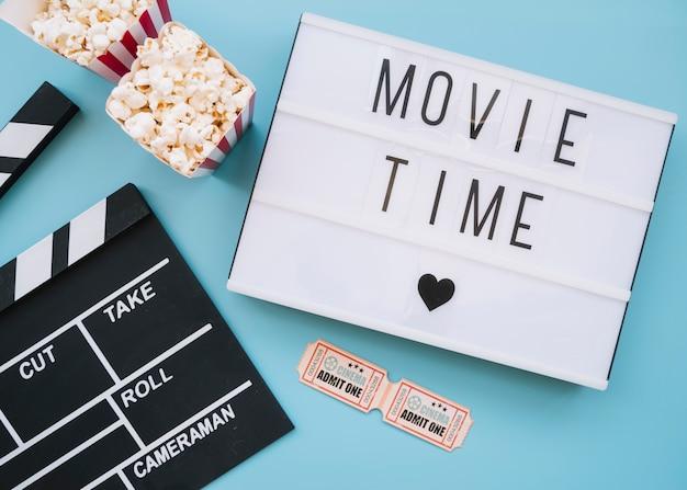 Segno di film con elementi del cinema Foto Gratuite