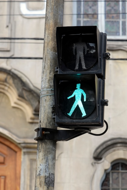 Semaforo su verde per pedone Foto Premium