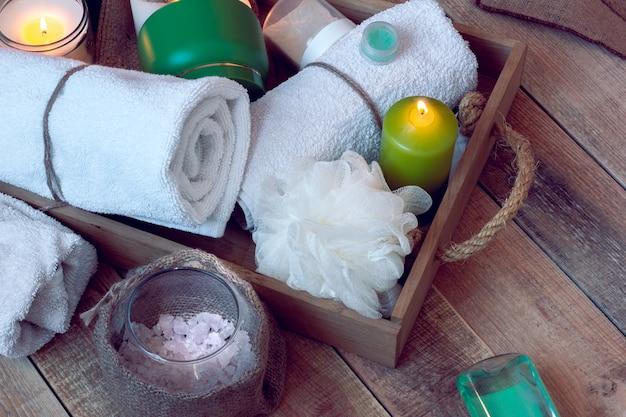 Set di accessori da bagno per spa Foto Premium