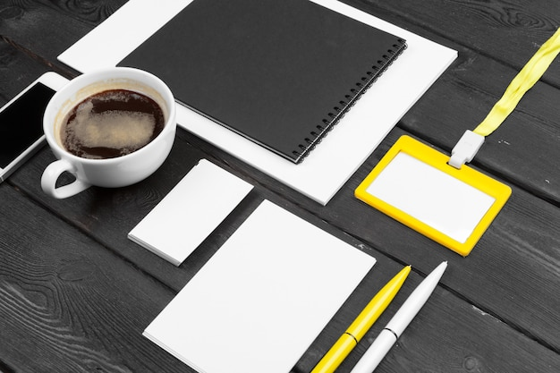 Set di cancelleria aziendale vuota. branding Foto Premium