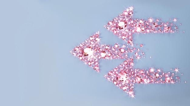 Set di gioielli sparsi su una superficie a forma di tre frecce. illustrazione 3d Foto Premium