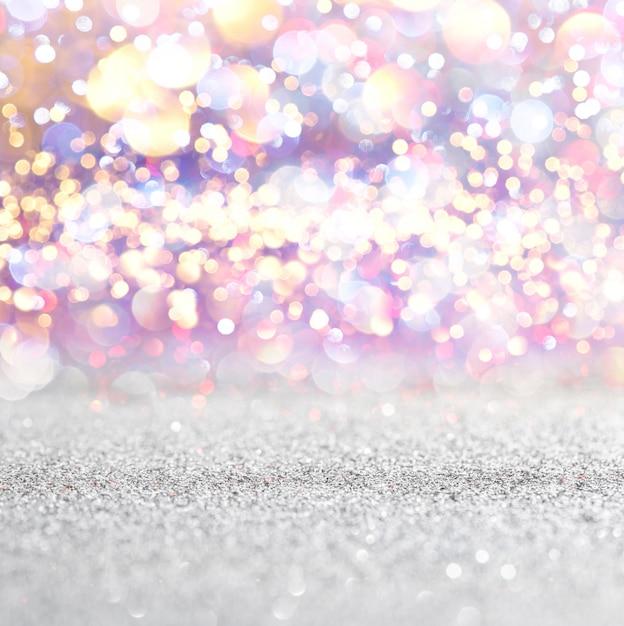 Sfondo di luci vintage argento e bianco glitter. defocused Foto Premium
