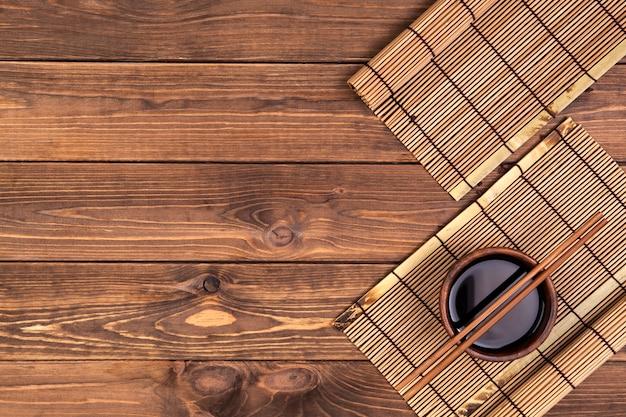 Sfondo per sushi. vista dall'alto con spazio di copia Foto Premium