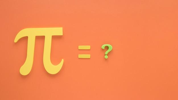 Simbolo e punto interrogativo di vera scienza pi Foto Gratuite