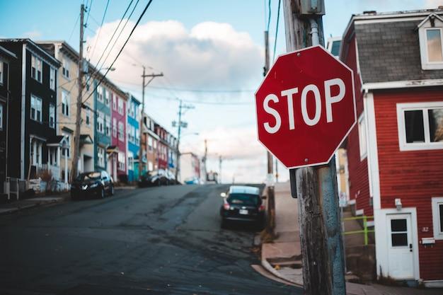 Smettere di segnaletica stradale Foto Gratuite