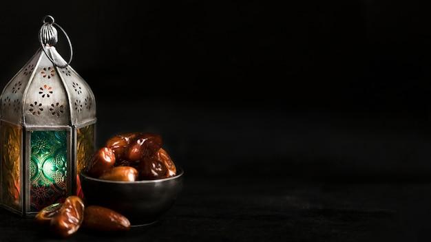 Snack per il ramadan con copia-spazio Foto Gratuite