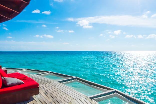 Soggiorno netto di vacanza nell\'isola tropicale delle Maldive e ...
