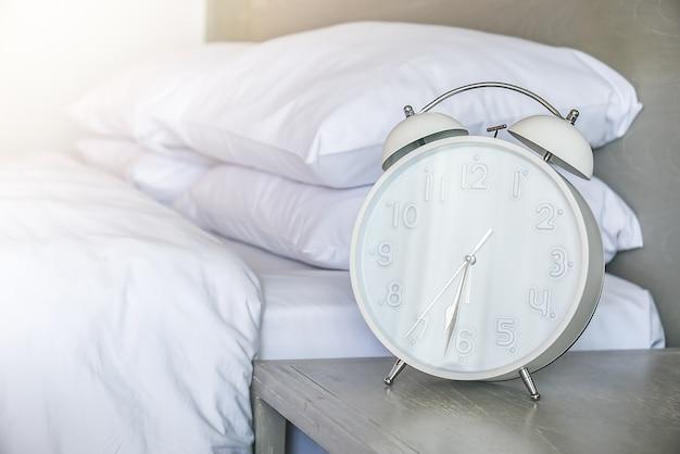 Sognare camera da letto stanco retrò comodino | Scaricare foto gratis