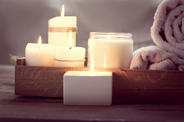 Spa con candele Foto Premium