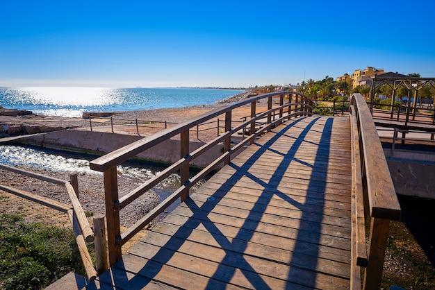 Spiaggia di la llosa a castellon in spagna Foto Premium