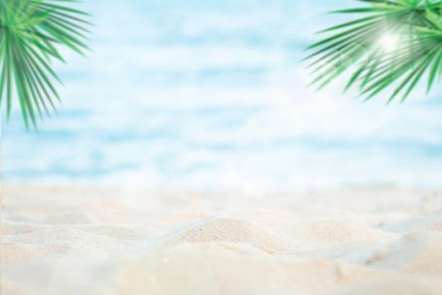 Spiaggia Di Sabbia E Mare Sfondo Scaricare Foto Premium