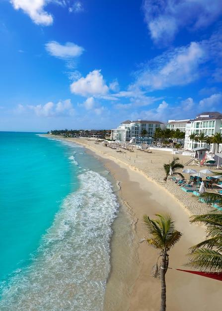 Spiaggia playa del carmen in riviera maya Foto Premium