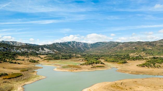 Splendida vista sul lago Foto Gratuite