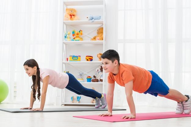 Sport per bambini Foto Gratuite