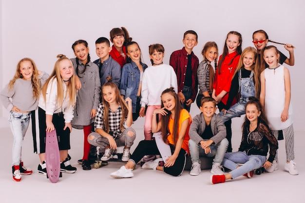 Squadra di ballo in studio Foto Gratuite