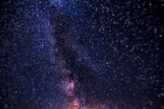 Stelle nel cielo notturno, universo, via lattea, rumore Foto Premium