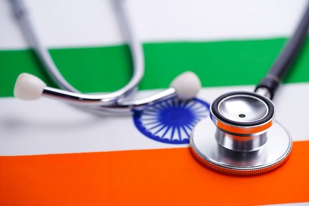 Stetoscopio con bandiera india Foto Premium