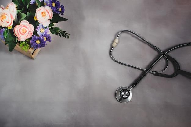 Stetoscopio, salute e concetto medico. Foto Premium