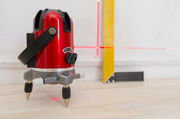 Strumento di misurazione del livello laser Foto Premium