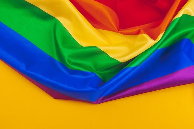 Struttura del tessuto della fine gay della bandiera dell'arcobaleno su Foto Premium