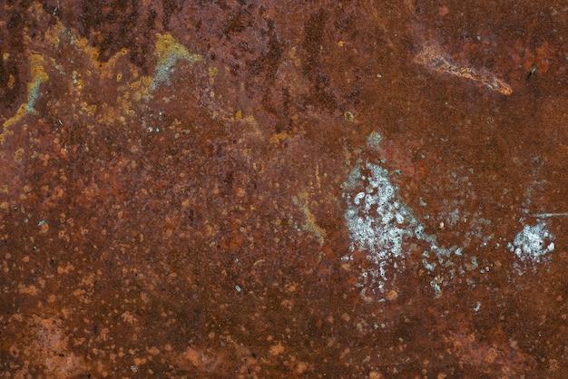 Struttura in metallo arrugginito con sfondo di corrosione Foto Premium