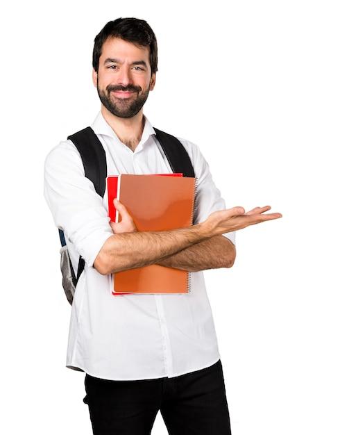 Studente che presenta qualcosa Foto Gratuite