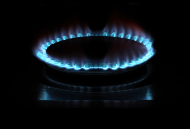 Stufa a gas accesa Foto Premium