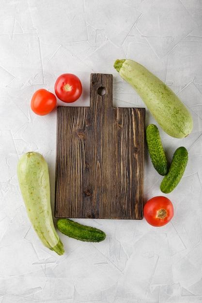 Tagliere con verdure Foto Premium