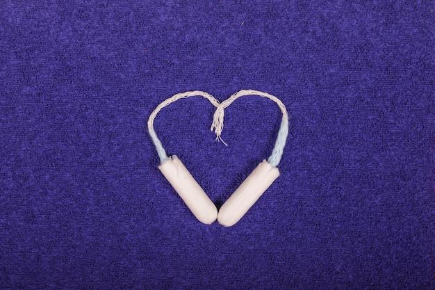 Tamponi che fanno un cuore Foto Gratuite