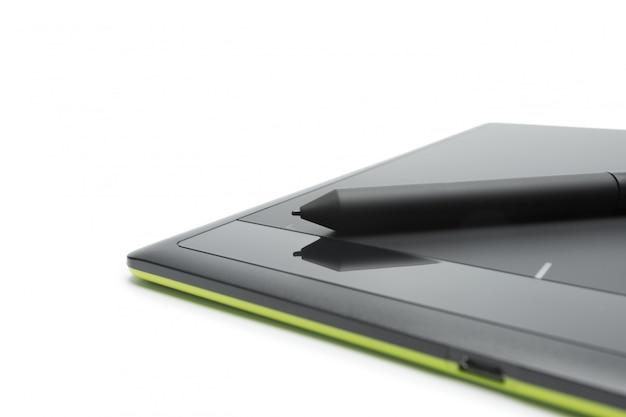 Tavoletta grafica con penna per illustratori e designer. Foto Premium