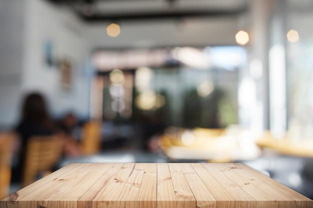Tavolo con sfondo Foto Gratuite