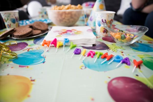 Tavolo Compleanno Bambini : Tavolo decorato per festa di compleanno per bambini scaricare